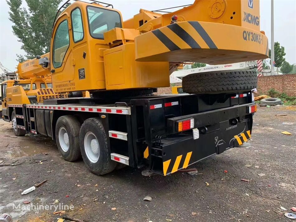 شاحنة رافعة XCMG QY30K5-1 30 ton used XCMG truck crane