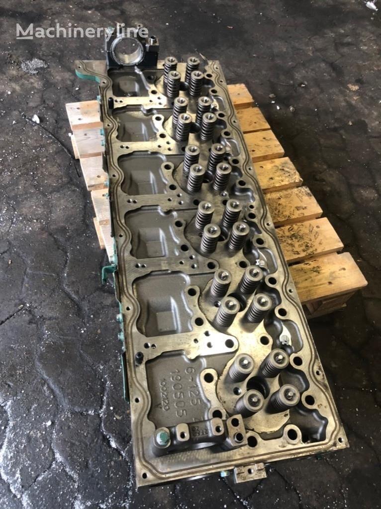 رأس مجموعة الأسطوانات VOLVO L180H D13J CYLKINDERHEAD / TOPSTYKKE لـ جرافة ذات عجلات VOLVO L180H