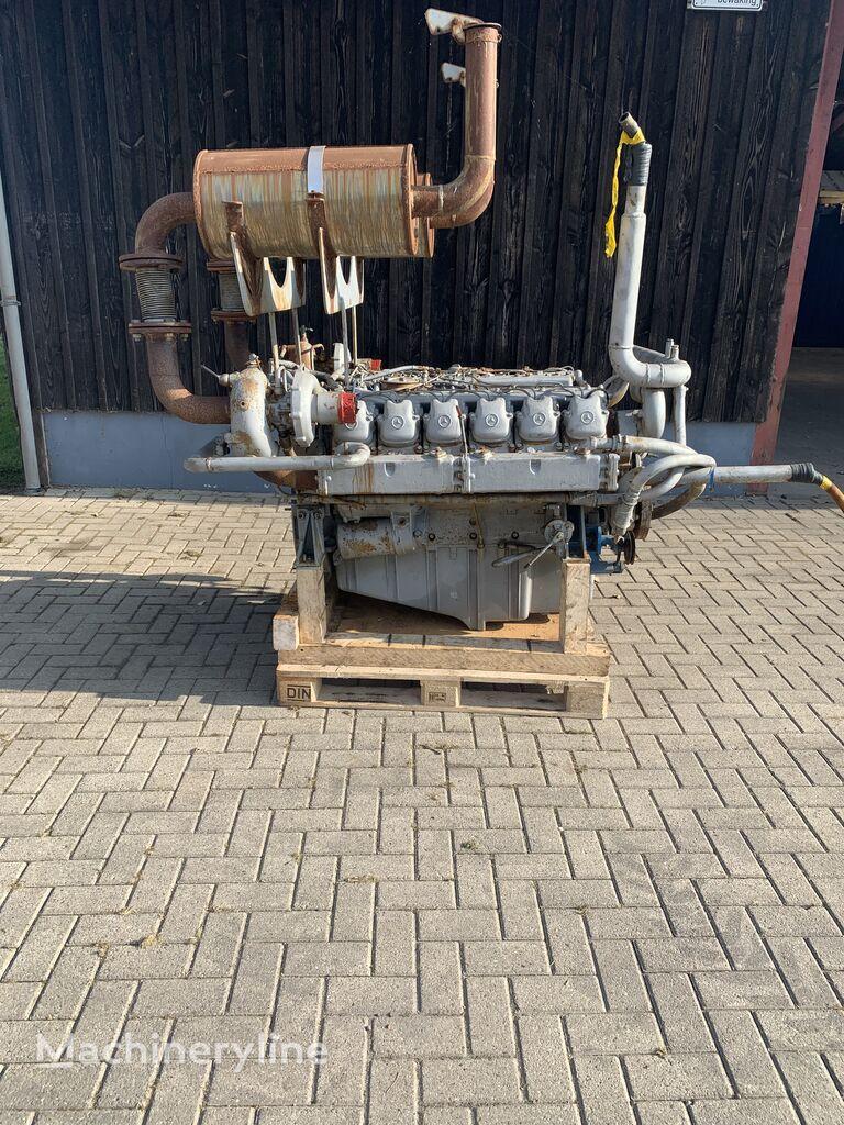 المحرك MERCEDES-BENZ Om404 لـ حفارة
